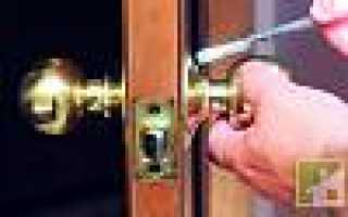 Как снять декоративный фланец с дверной ручки