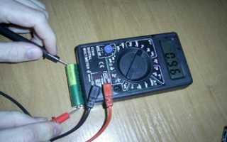 Как проверить аккумулятор тестером